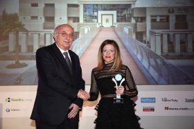 Κατηγορία Top Greek Hotel_ SILVER   AWARD: AVRA IMPERIAL HOTEL Την βράβευση έκανε ο κ. Ιωάννης Αμανατίδης, Υφυπουργός Εξωτερικών στην κα Αθηνά Χανιωτάκη, Διευθύνουσα Σύμβουλο.
