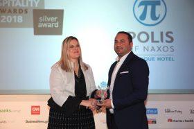 Κατηγορία Best Greek Boutique City Hotel_ SILVER  AWARD: Polis of Naxos. Την βράβευση έκανε η  κα Ευριδίκη Κουρνέτα, Γενική Γραμματέας Τουρισμού στoν κ. Ιωάννη Πολυχρονάκο, Owner.