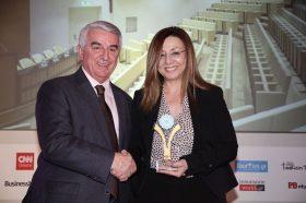 Κατηγορία Best Greek MICE City Hotel_ GOLD AWARD: DOMOTEL KASTRI. Την βράβευση έκανε ο κ. Αθανάσιος Μπούρας, Βουλευτής ΝΔ & Αναπληρωτής Τομεάρχης Οικονομίας & Ανάπτυξης, στην κα Πασσαρέα Κική, Διευθύντρια.