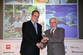 Κατηγορία Best Greek Family Resort_ SILVER AWARD: PORTO CARRAS GRAND RESORT. To βραβείο παρέλαβε ο κ. Αθανάσιος Κλαπαδάκης,  Μέλος Δ.Σ., Γενικός & Τεχνικός Διευθυντής.