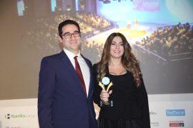 Κατηγορία Best Greek MICE Resort_ GOLD AWARD: RODOS PALACE. Την βράβευση έκανε ο κ. Ιωάννης Δημόπουλος, Διευθύνων Σύμβουλος του Ekdromi.gr, στην κα Αρτεμις Καλατζάκου, Sales Manager, Αthens Office.
