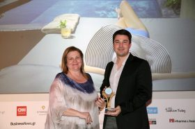 Κατηγορία Best Greek  All Suites Resort_ GOLD AWARD: Andronis Concept by Axia Hospitality. To βραβείο παρέλαβε o κ. Γιώργος Φιλιππίδης, General Manager.