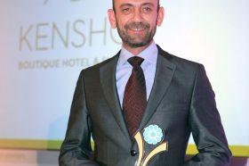 Κατηγορία Best Greek Hotel Tailor Made Guest Experience _ GOLD AWARD: Kenshō Boutique Hotel & Suites. Το βραβείο παρέλαβε ο κ. Κλεόβουλος Δεληγιάννης, Operations Manager.