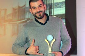 Κατηγορία Best Greek Hotel Tailor Made Guest Experience _ GOLD AWARD: MYKONOS No 5. Το βραβείο παρέλαβε ο κ.  Δημήτριος Βουρνάς, Director, Hotel Brain