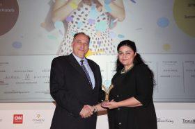 Κατηγορία Best International Hotel Brand _ GOLD AWARD: NOVOTEL ATHENS. To βραβείο παρέλαβε η κα Ελένη Ξιαρχογιαννοπούλου, Υπέυθυνη πωλήσεων & Marketing.